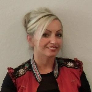 Frau Hüner